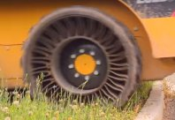 Delovne pnevmatike brez duše?