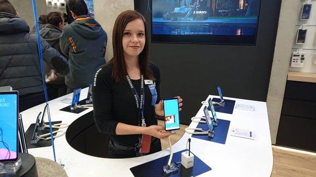 Prvi Samsung center v Sloveniji