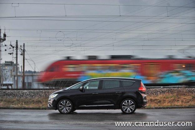 Renault Grand Scenic Energy TCE 160 Initiale Paris