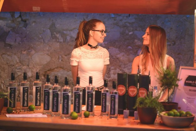 3. Gin & Brin v Dutovljah