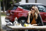 Ali hranjenje res sodi za volan?