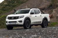 Osve�eni Nissan Navara AT32