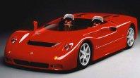 Maseratijev dirkaški brezstrešnik, ki je postal De Tomaso z bavarskim agregatom