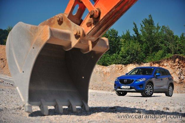 Mazda CX-5 2.0i aut. AWD Revolution