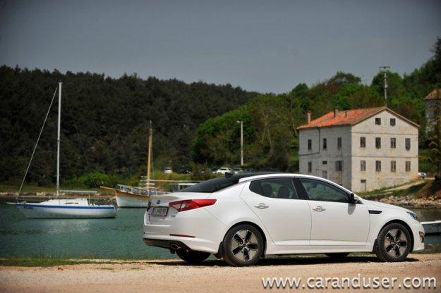 Kia Optima Hybrid 2.0 CVVT