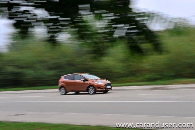 Ford Fiesta 1.0 EcoBoost Titanium (2013)