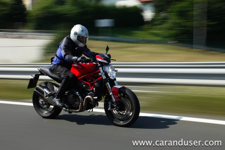 ducati monster821 stripe20