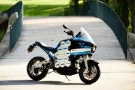 Električni motocikel bo obšel svet