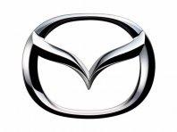 Mazda v ZDA vpoklicala trojke in petice
