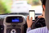 Podvojena kazen za uporabo mobilnih telefonov ...