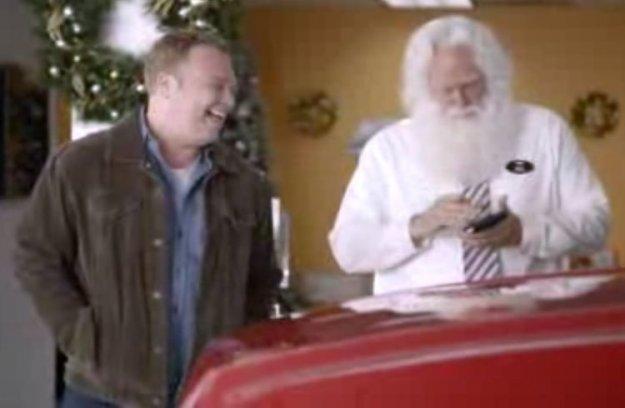 Božični predlogi za varne praznike tudi na cesti