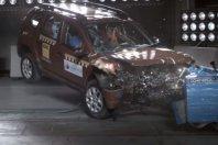 Duster brez zvezdic na NCAP testu!