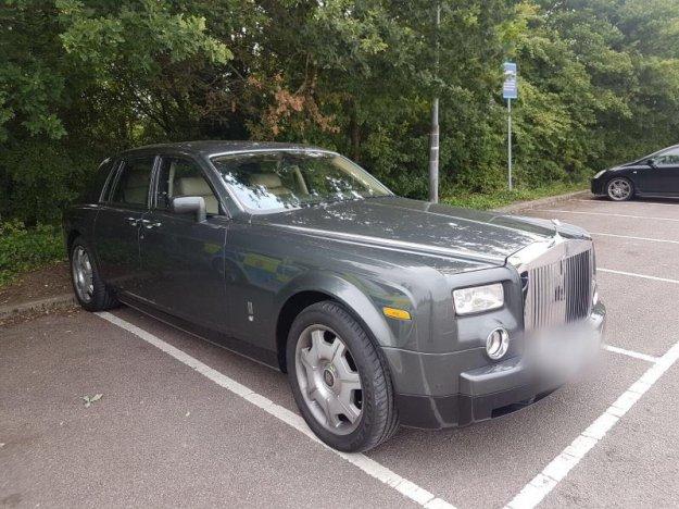 Ukraden Rolls vrnjen lastniku v manj kot dveh urah