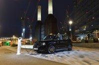 Mejnik za London: prvi elektrificirani taksi pridobil dovoljenja