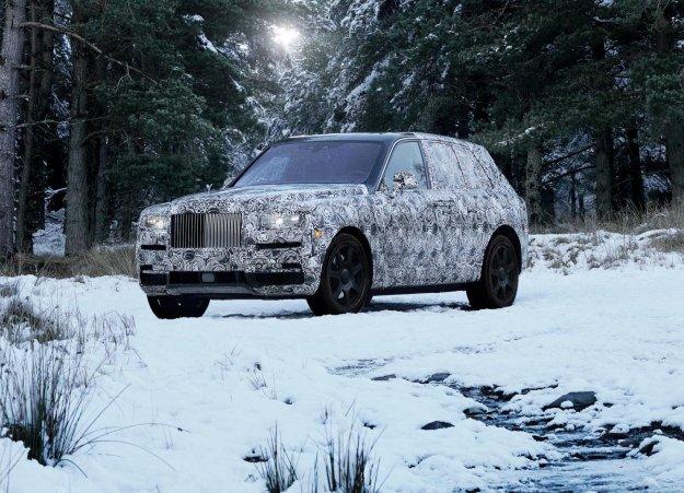 Rollsov SUV bo Cullinan