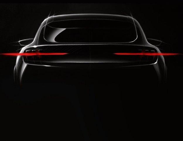 Električni SUV na temeljih športnega Mustanga?
