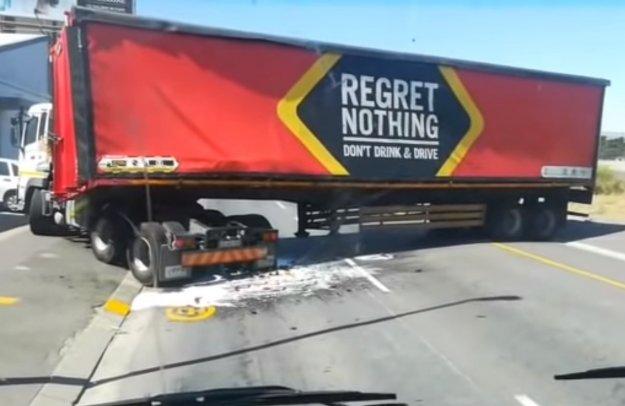 Ne ob�aluj(e)te ni?esar! No, za voznika nismo prepri?ani!
