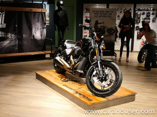 Harley Davidson 2019 FXDR 114