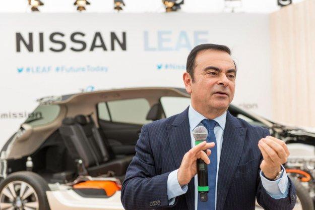Mitsubishi sledi Nissanu z odpuščanjem glavnega vodje