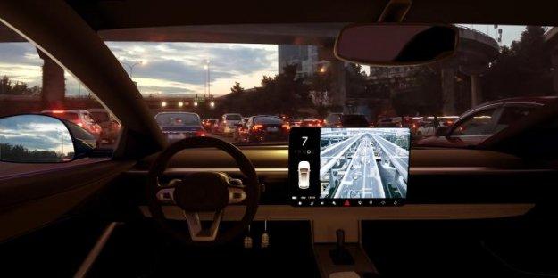 Vse več voznikov prestrašenih pred samovozečimi vozili