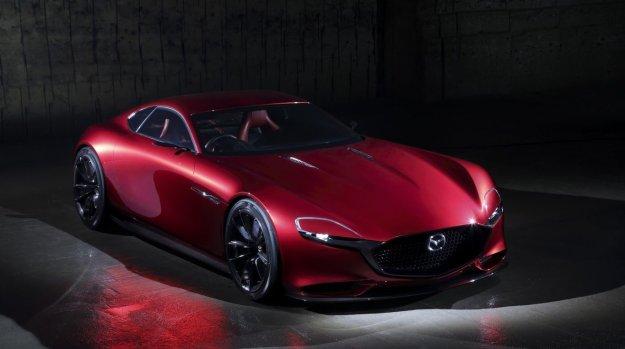 Mazda sestavlja nov 6-valjnik