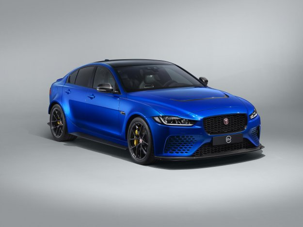 Jaguar XE SV Project 8 Touring edition