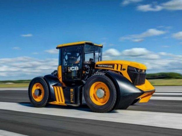 Najhitrejši traktor na svetu