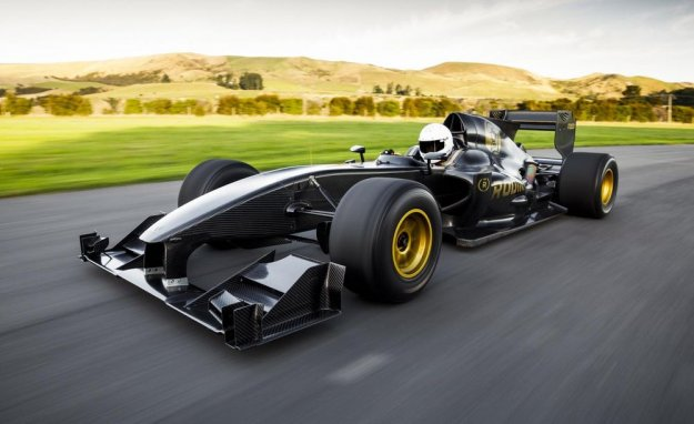 Živite svoje F1 sanje
