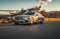 Novi Bentley Flying Spur že v polnem zagonu