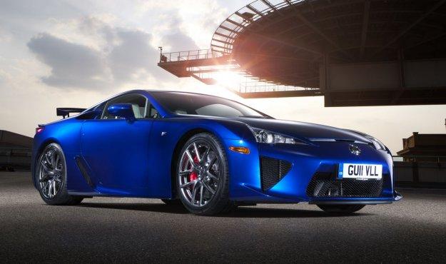 Novi Lexus LFA našel kupca