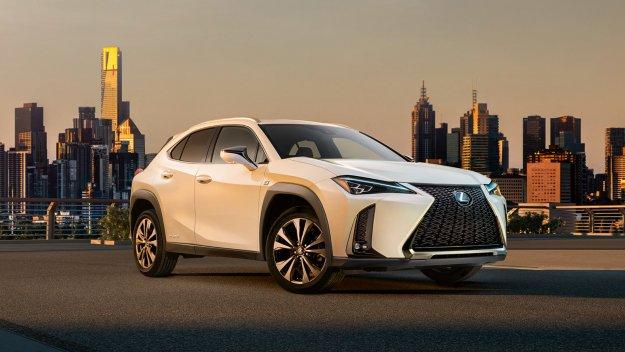 Lexus UX osvežen za modelno leto 2020