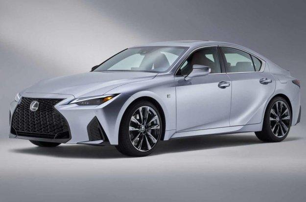 Obsežna osvežitev Lexusa IS