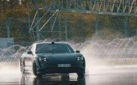 Porsche Taycan najdlje »na počez« med električarji