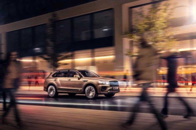 Novo: Bentley Bentayga Hybrid