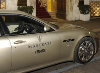 Maserati in Fendi v Cannesu