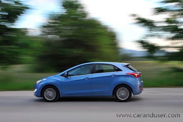 Hyundai i30 1.6 CVVT - žensko mnenje