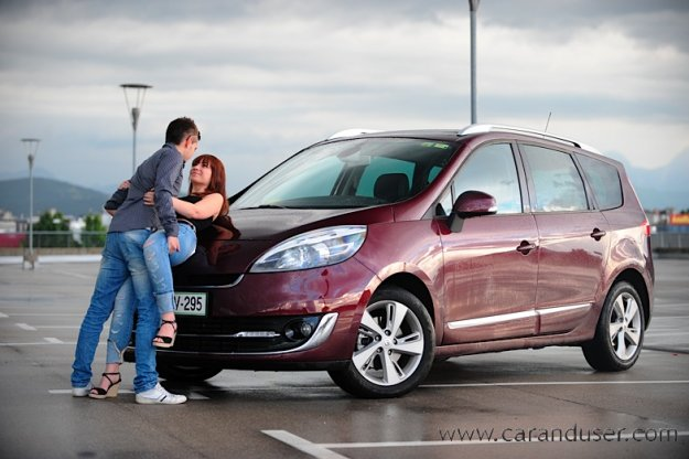 Renault Grand Scenic dCi 130