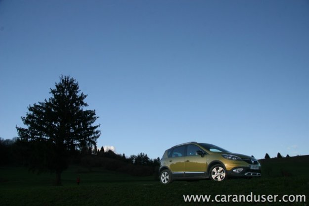 Renault Scenic XMOD TCe 130 »Bose Edition«