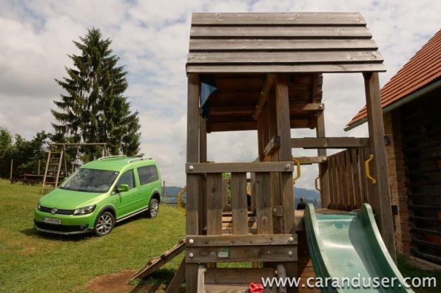 Volkswagen Cross Caddy (2013)