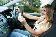 """""""Selfie"""" za volanom? """"Kul"""" ali neumno?"""