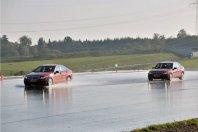 Več kot tretjina voznikov se vozi z obrabljenimi pnevmatikami