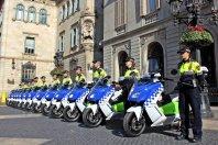V Barcelono dostavili prve policijske