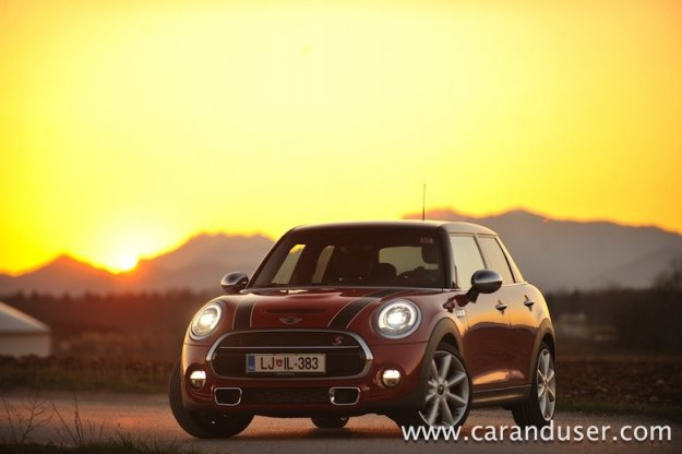 Mini Cooper SD (5 vrat)