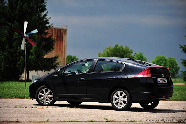 honda_insight_1.3_elegance07