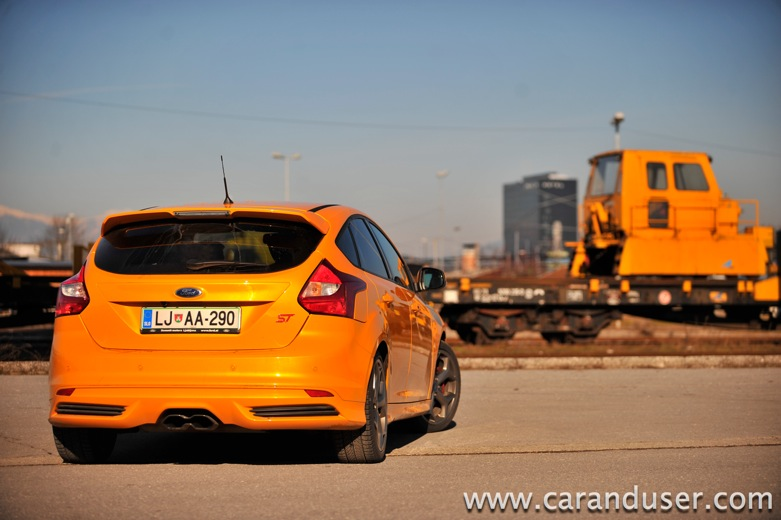 ford focus st05