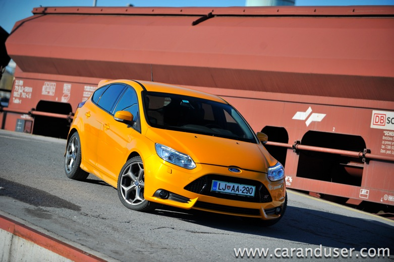 ford focus st09