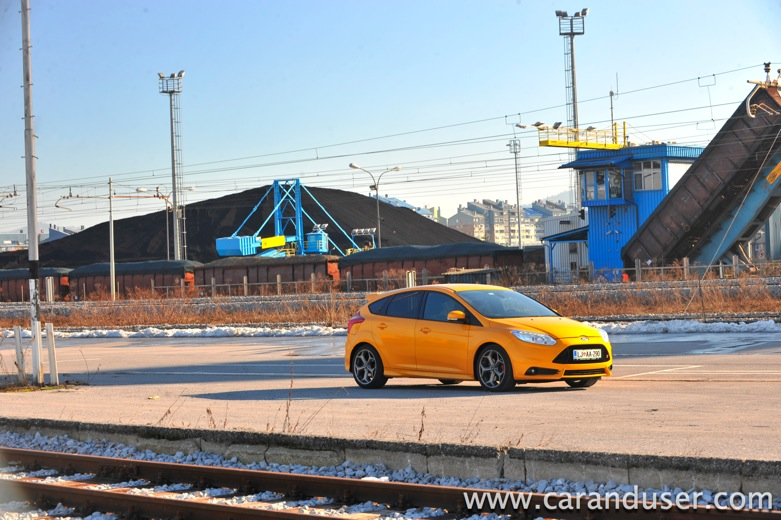 ford focus st16