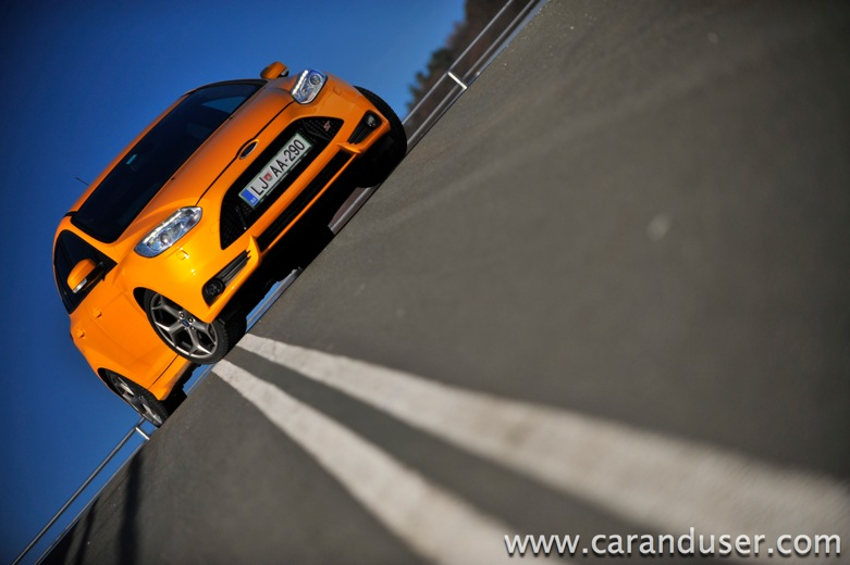 ford focus st20
