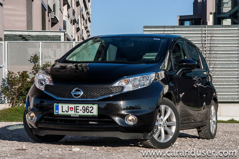 nissan note2014 03