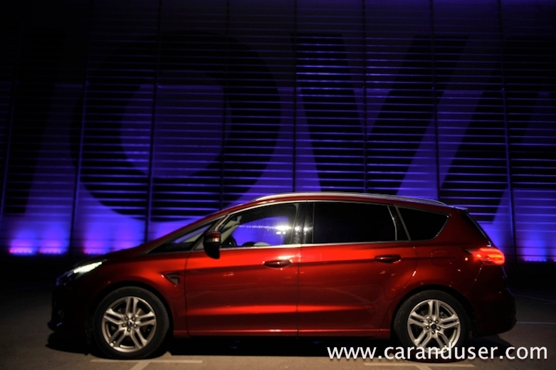 ford s max 2016 12